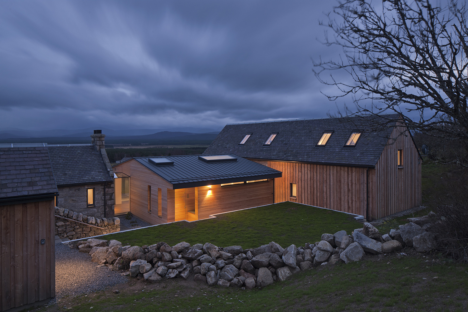 Different types of timber cladding (traditional and contemporary) at Torispardon.