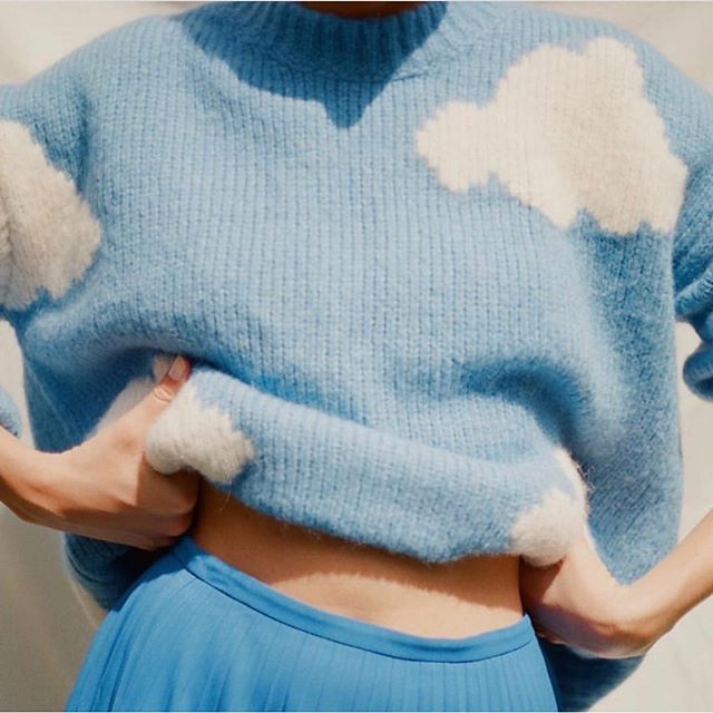 If CALM were a knit sweater, we think it would look something like this ☁️☁️☁️ . . . Image via @mansurgavriel