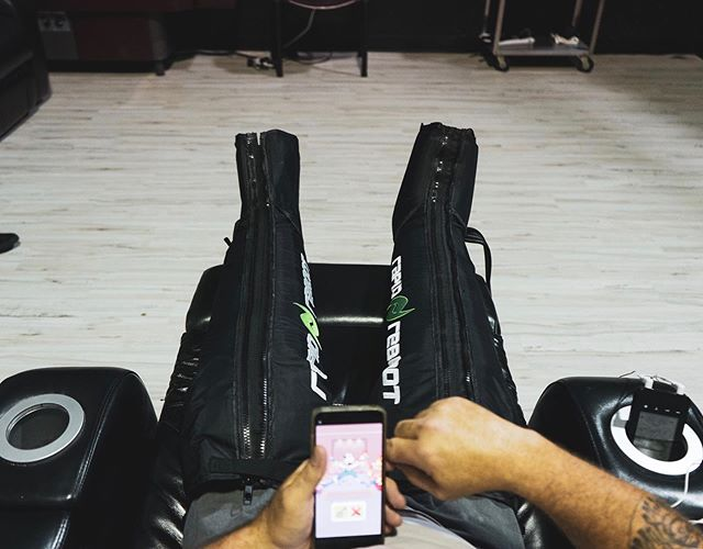 Sit back, relax, and let us do the work . . These @rapidreboot compression systems are a game changer for recovery. Massages the muscles and helps increase blood flow, perfect for post leg day!