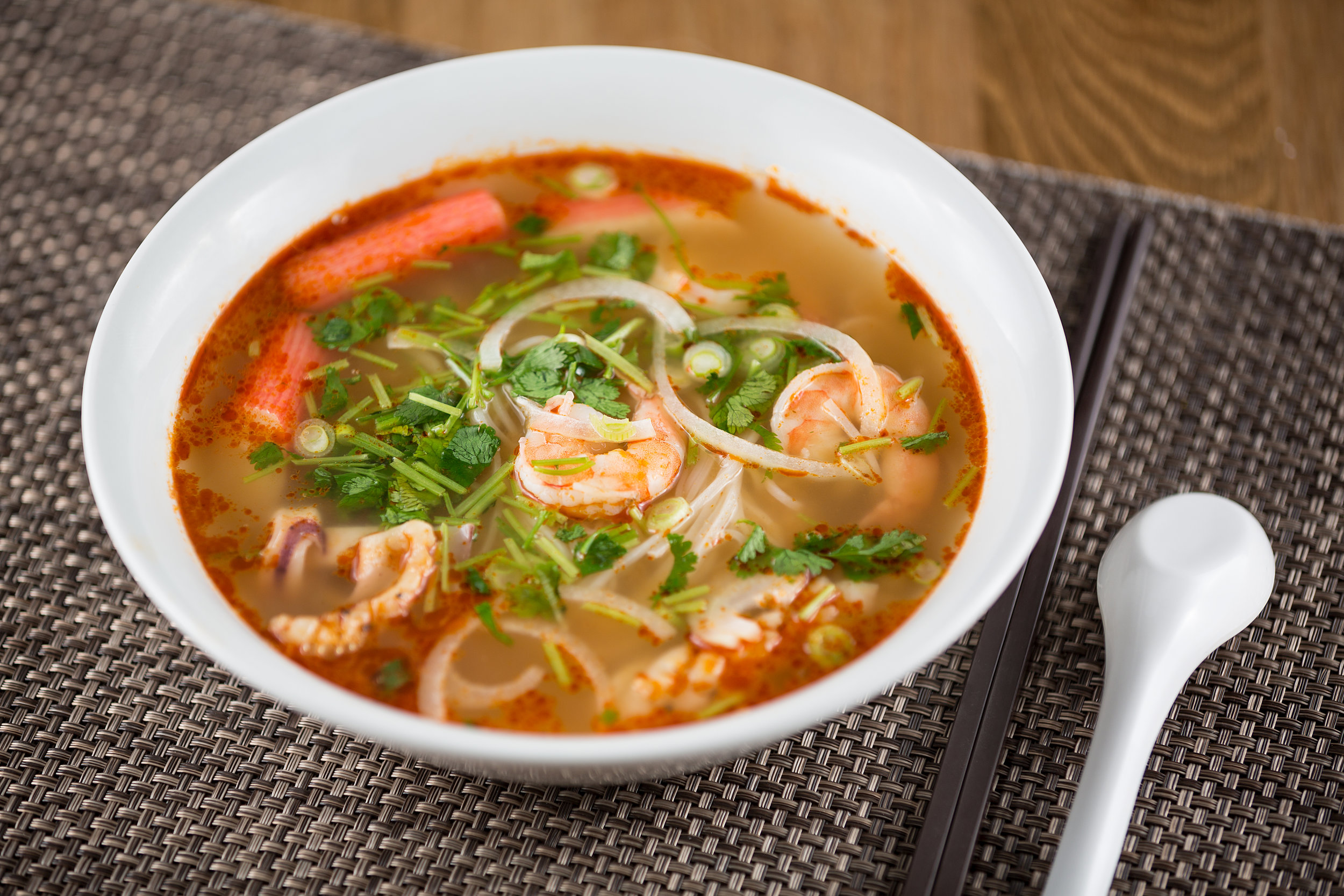 Sour and Spicy Seafood Noodle Soup
