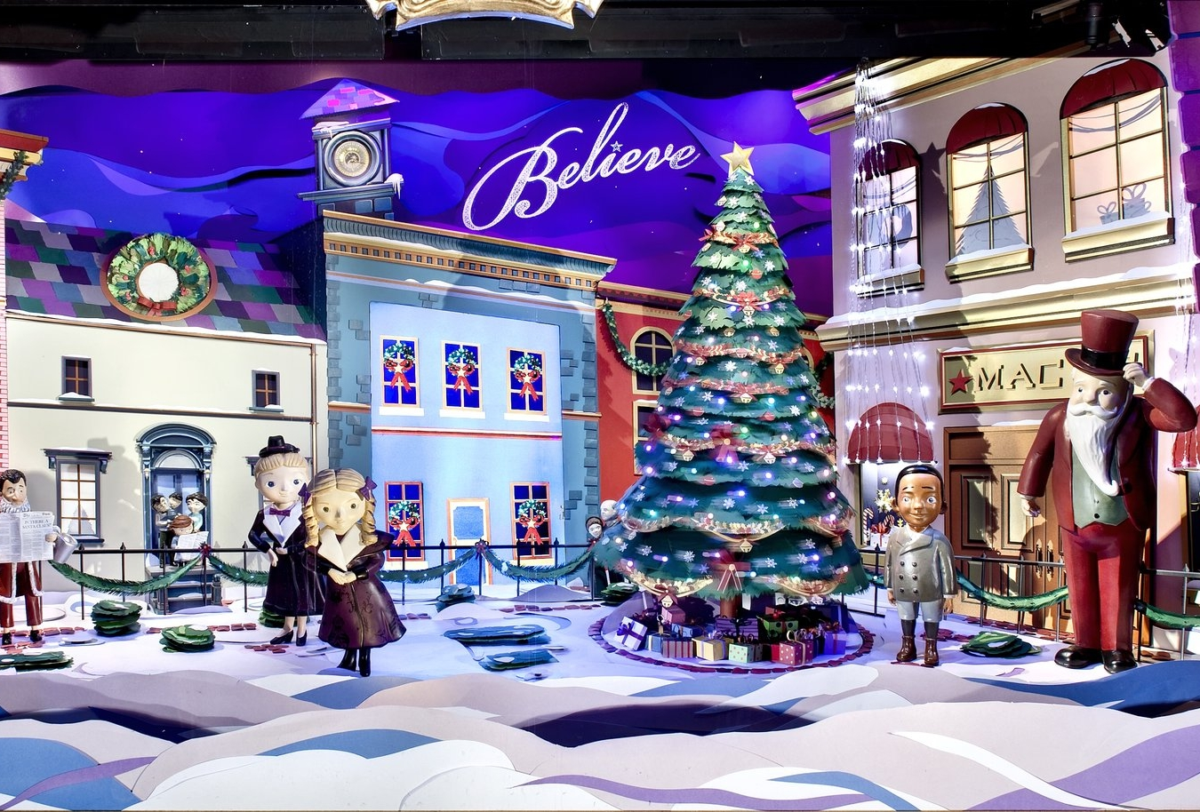 MACYS HOLIDAY WINDOWS - Venue: MACYS Herald Square - NYCPhotography: Bruce Plotkin & Macy's VM