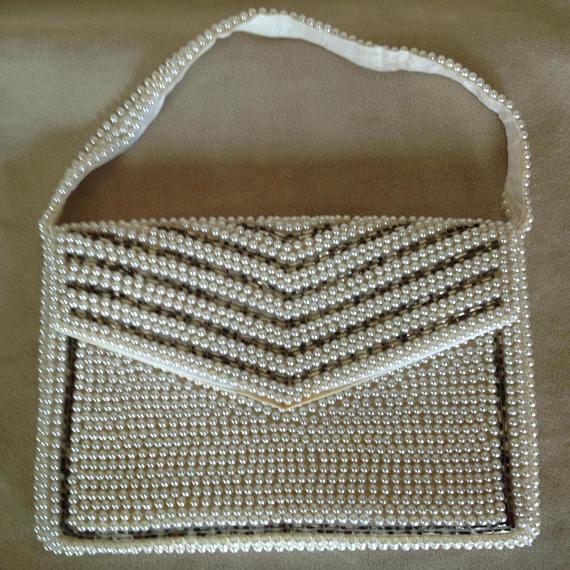70swhiteenvelopebag.jpg