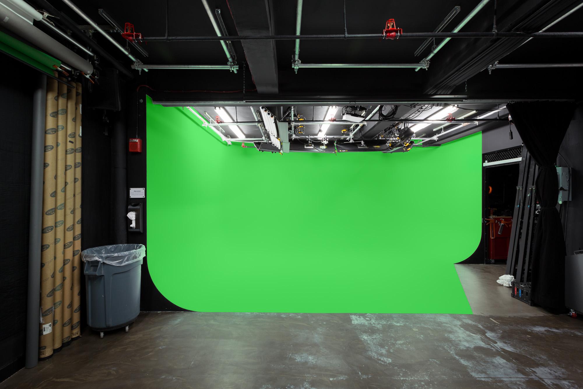 deverge_studio-20170421a-0001b-med.jpg