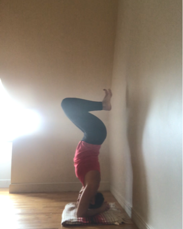 headstand 2.PNG