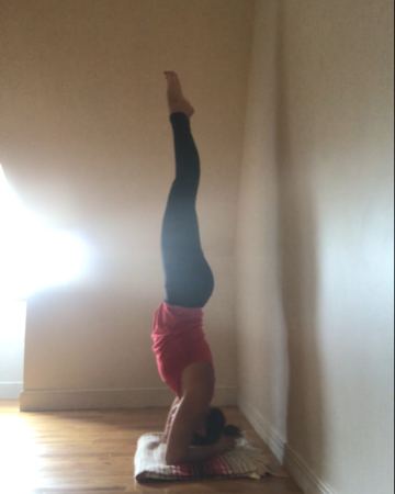 headstand 3.PNG