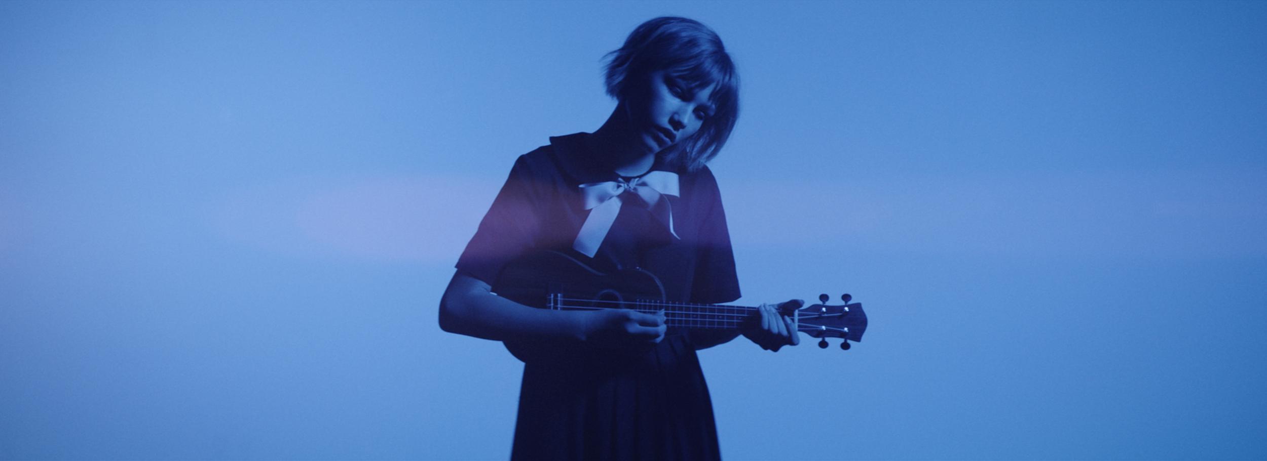 Moonlight-GraceVanderWaal_COLOR-MASTER-01_mov 7.png