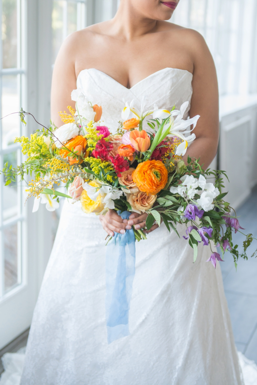 Colorful-Mid-Century-Modern-Wedding-Ideas_0007.jpg