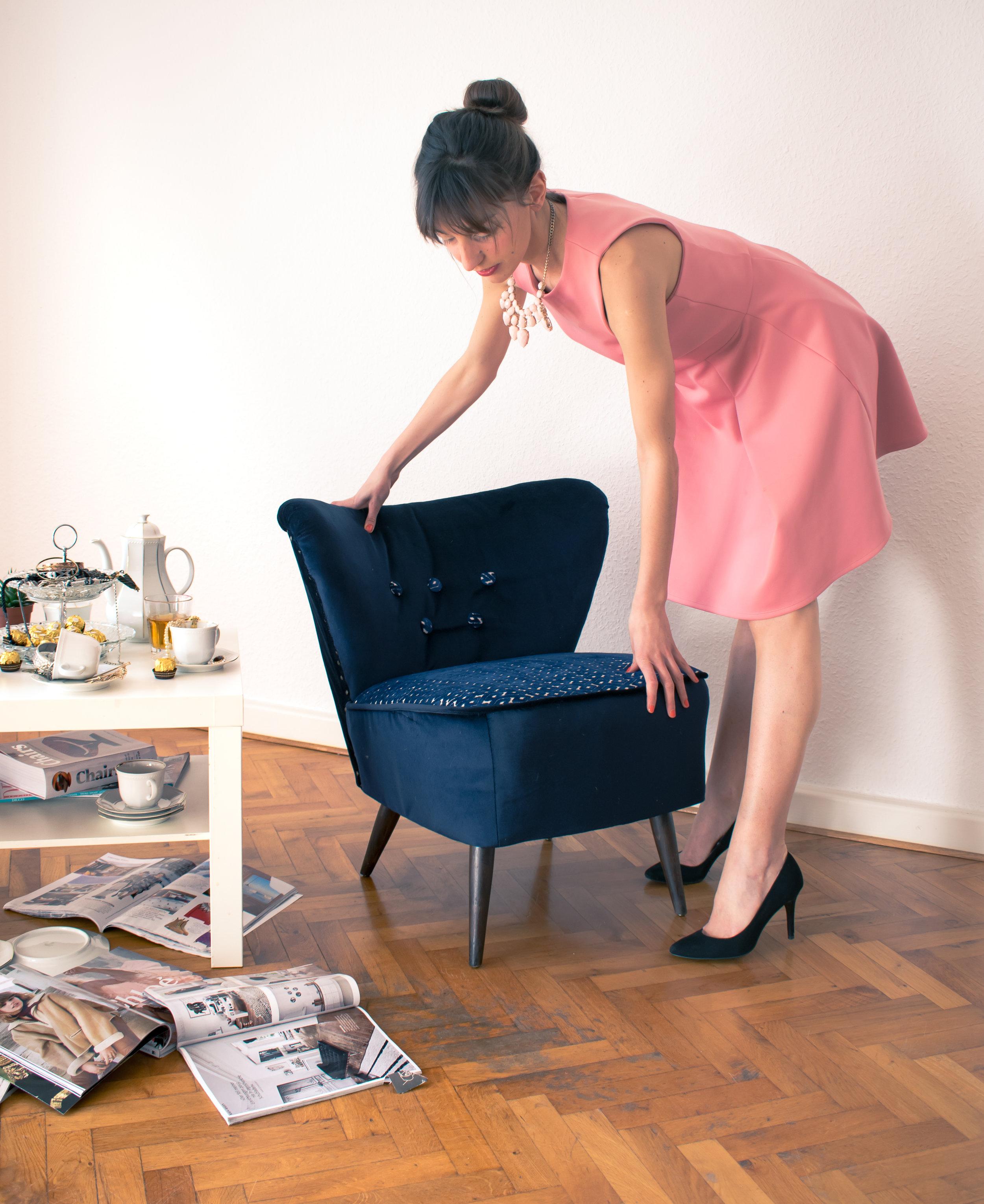 Blue velvet cocktail chair
