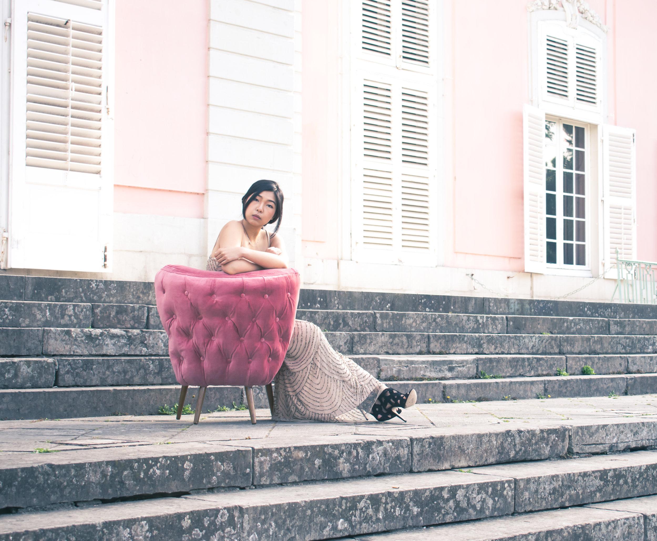 pink accent chair, lynda sparshatt