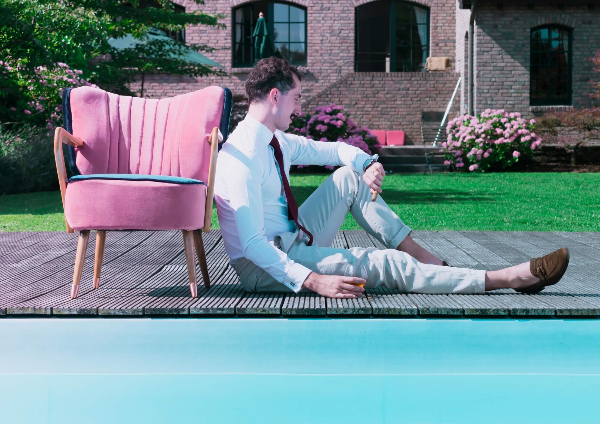 Pool series pink cocktail chair