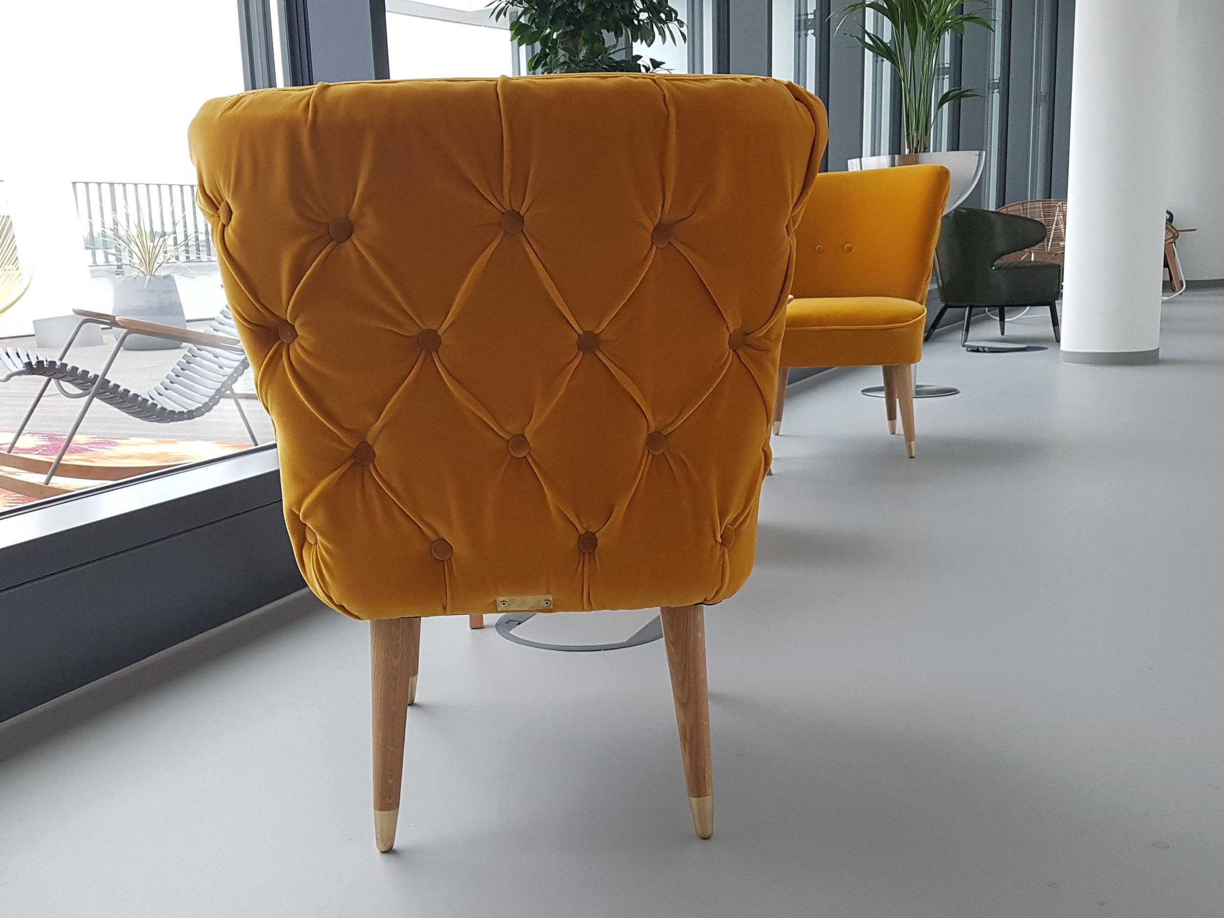 mustard yellow velvet chairs lynd sparshatt trivago
