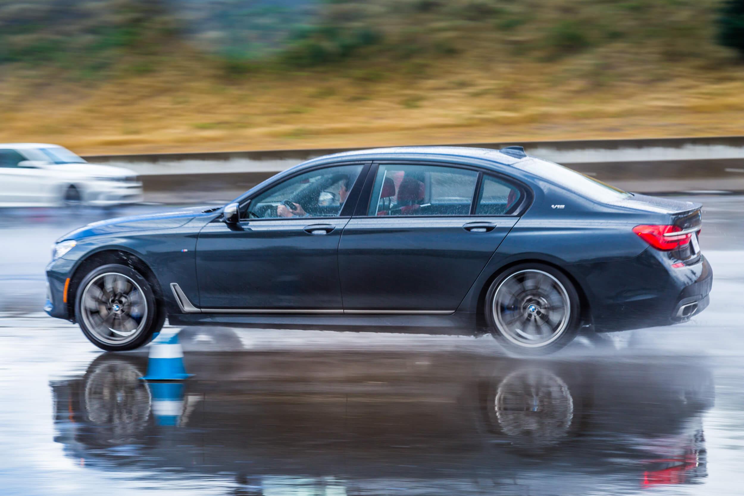 BMW 9 -17-3105.jpg