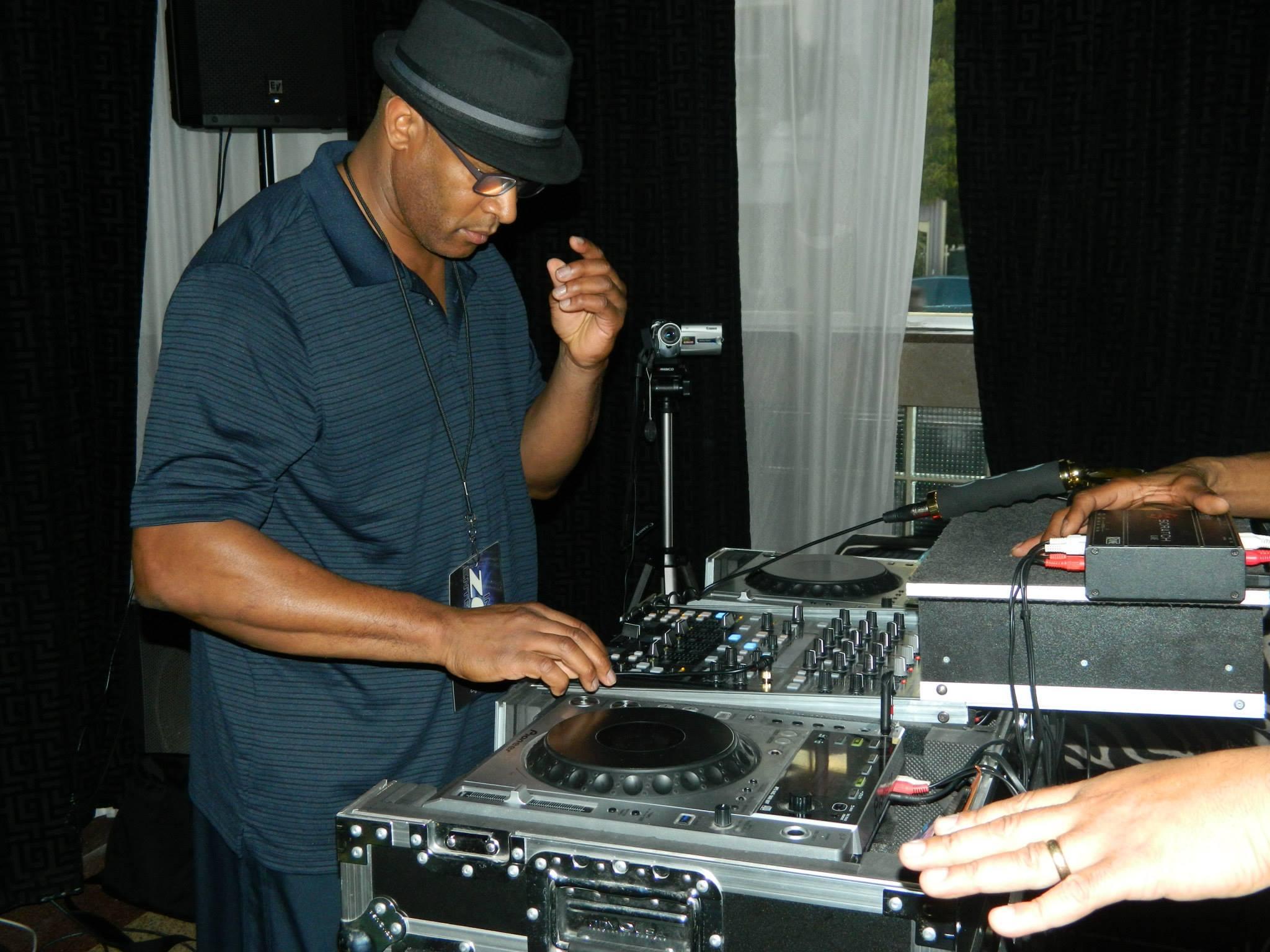 DJ MixMaster Steve.jpg