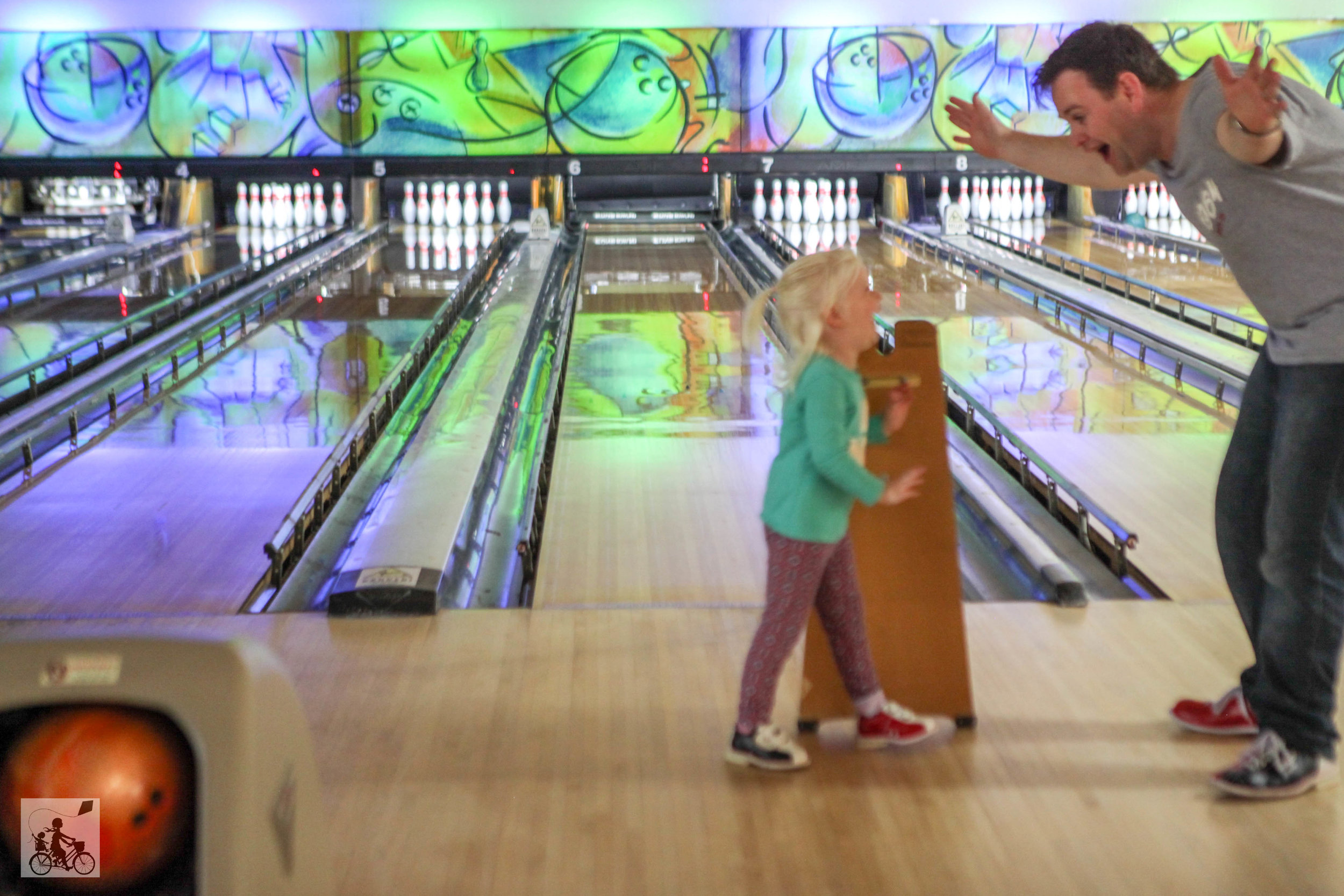 zone bowling, frankston - mamma knows south
