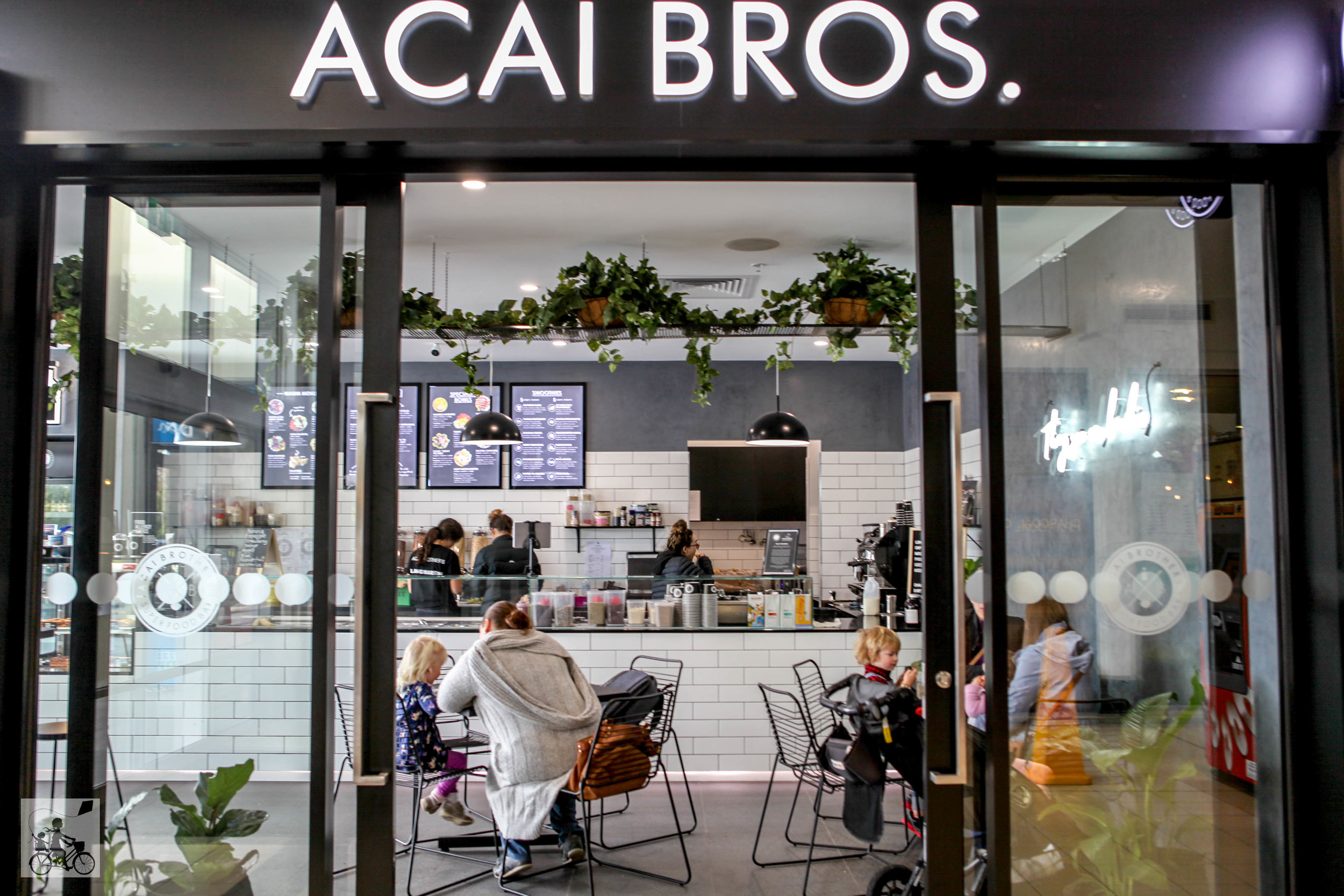 acai brothers langwarrin, mamma knows south