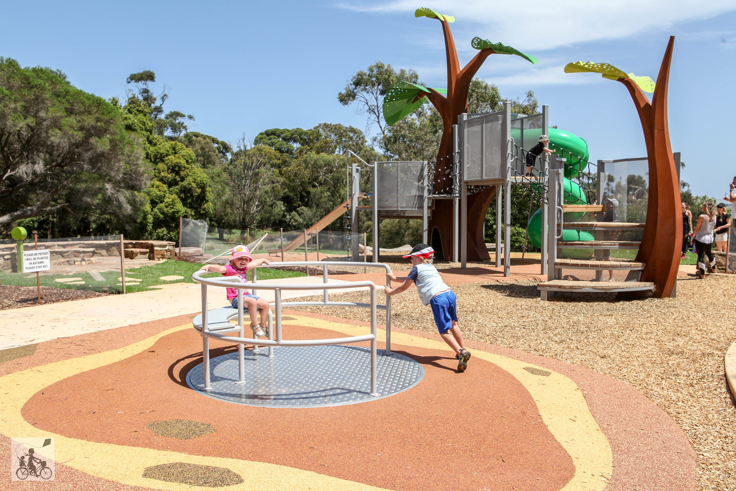 playground at George Pentland - Mamma Knows South (21 of 36).jpg