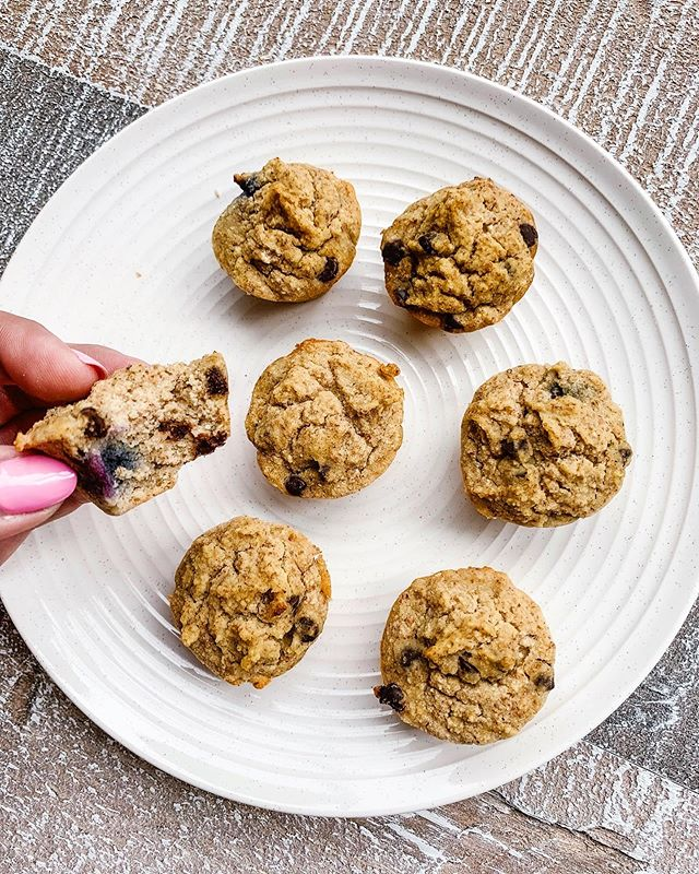 Have you ever made homemade almond milk and wondered what to do with the pulp? ⠀ ⠀ I used to throw it in the freezer to use at a later date but never actually did.⠀ ⠀ This time, I did! ⠀ ⠀ I made these mini blueberry chocolate chip muffins and added the almond pulp. They turned out pretty delish! 🙌🏻⠀ ⠀ Here's the recipe:⠀ ⠀ 1 egg⁣ ⁣⠀⠀ 3/4 cup almond milk (or other non-dairy milk)⠀ 1/4 cup pure maple syrup ⠀ 1/2 tsp. pure vanilla extract⠀ 1/4 cup coconut flour⁣⠀⠀ 1/4 cup light buckwheat flour⁣⠀⠀ 1/2 tsp. baking powder⁣⠀⁣⠀⠀ 1/2 tsp. cinnamon (you can do more or less)⁣⠀⠀ Pinch of mountain salt (or sea salt)⁣⠀⠀ 1/2 cup blueberries ⠀ 1/4 cup mini chocolate chips ⁣⠀⠀ Almond pulp - I didn't measure this but I just added whatever I had from the batch of almond milk I made. It looked like about half a cup ⠀ ⁣⠀⠀ Directions:⁣⠀⠀ ⁣⠀⠀ Preheat oven to 350 degrees F and either line a mini muffin pan with liners or grease each spot with coconut oil (that's what I did).⁣⠀⠀ ⁣⠀⠀ In a small bowl, add in egg and whisk.⁣⠀ ⁣⠀⠀ ⁣⠀⠀ Add almond milk, vanilla, maple syrup and whisk until well combined.⠀ ⁣⠀⠀ In another bowl, add the coconut flour, buckwheat flour, baking powder and sea salt. Mix together.⁣ Add the almond milk pulp.⠀ ⁣⠀⠀ Add the wet ingredients into the dry ingredients. Mix until well combined. The pulp will still be a little wet but it will combine nicely with the liquids!⠀ ⁣⠀⠀ Fold in the chocolate chips and blueberries.⠀ ⁣⠀⠀ Fill each liner (or tin if not using).⠀ ⁣⠀⠀ Bake for about 15-25 minutes, depending on your oven. Make sure to check on them throughout the cooking time. Put a toothpick through one to check if it's done. If it comes out clean, you're good to go!⁣⠀⠀ ⁣⠀⠀ Makes about 18-20 mini muffins.⁣⠀⠀ ⠀ Enjoy my friends! 😊⠀ ⠀ ⠀ ⠀ ⠀ ⠀ ⠀ ⠀ ⠀ ⠀ ⠀ #holisticnutrition #holisticnutritionist #holisticwellness #healthandwellness #keepitsimple #simplerecipes #simplytina #eeeeeats #glutenfree #glutenfreeeats #iamwellandgood #wellandgoodeats #mindbodygreen #mindbodygram #buzzfeedhealth #huffposttaste #fuelyourbody #eatrealfood #foodgawker #igerstoronto #tiu #toneitupnutrition #tiuteam #mississauga #gta #6ix⁣⠀