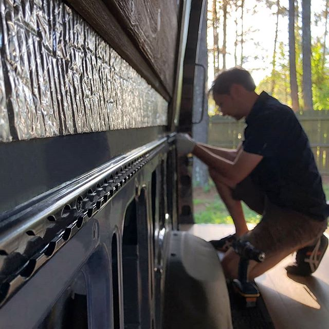 We just installed 16 feet of L-track in our Sprinter van, for secure yet removable attachment points for fixtures! . Link in profile ☝for full write up and install pics 📸. . We're thrilled to partner with @uscargocontrol on this, to show how their stuff enables modular designs in vehicle conversions! . . .