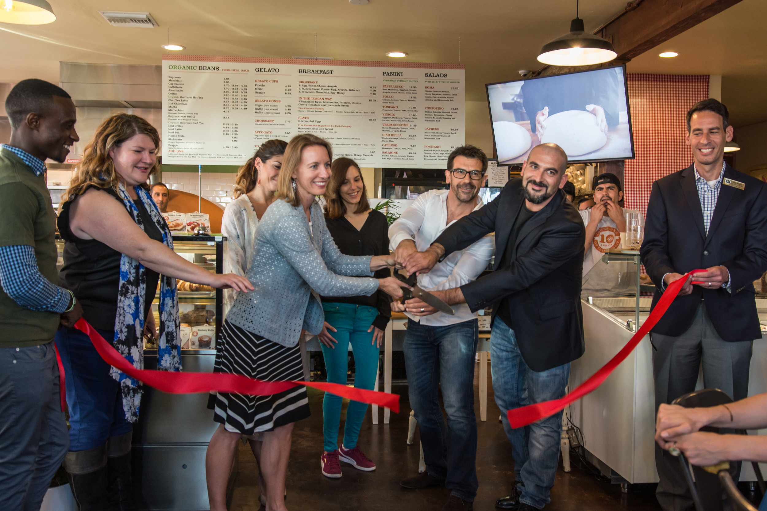 - PAPPALECCO GRAND OPENING!CARDIFF-BY-THE-SEA, CAMAY 3, 2017