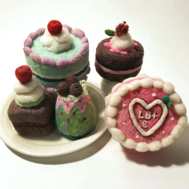 cakes, edited 800px.jpg