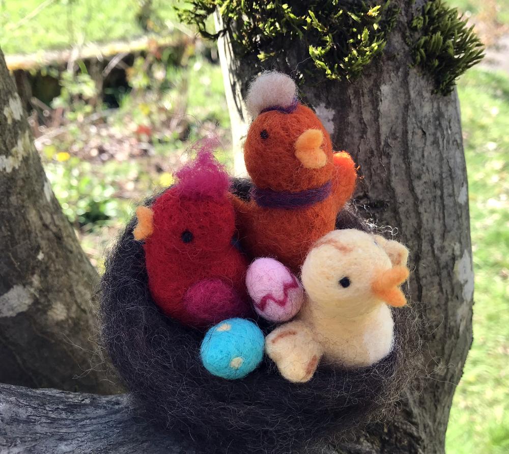 3 birds in tree 1000px copy.jpg