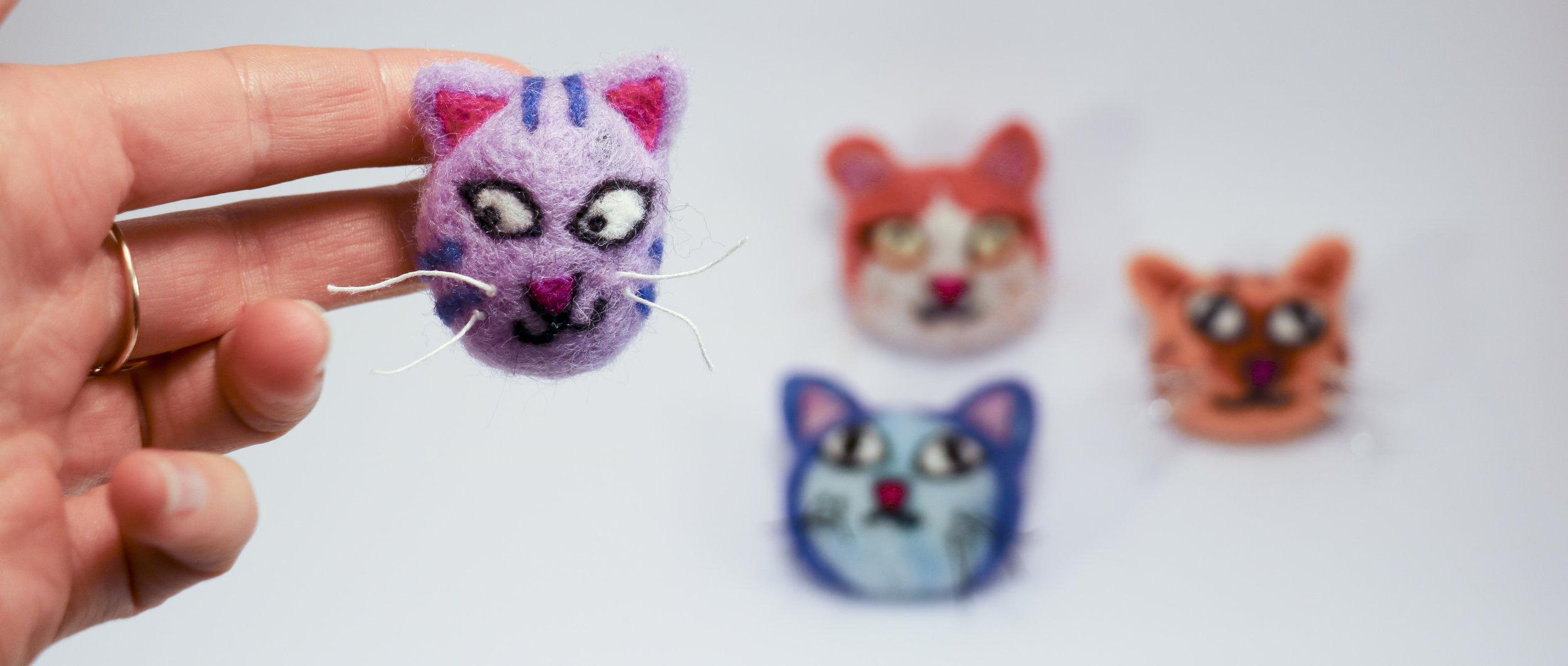 kitty brooch9.jpg