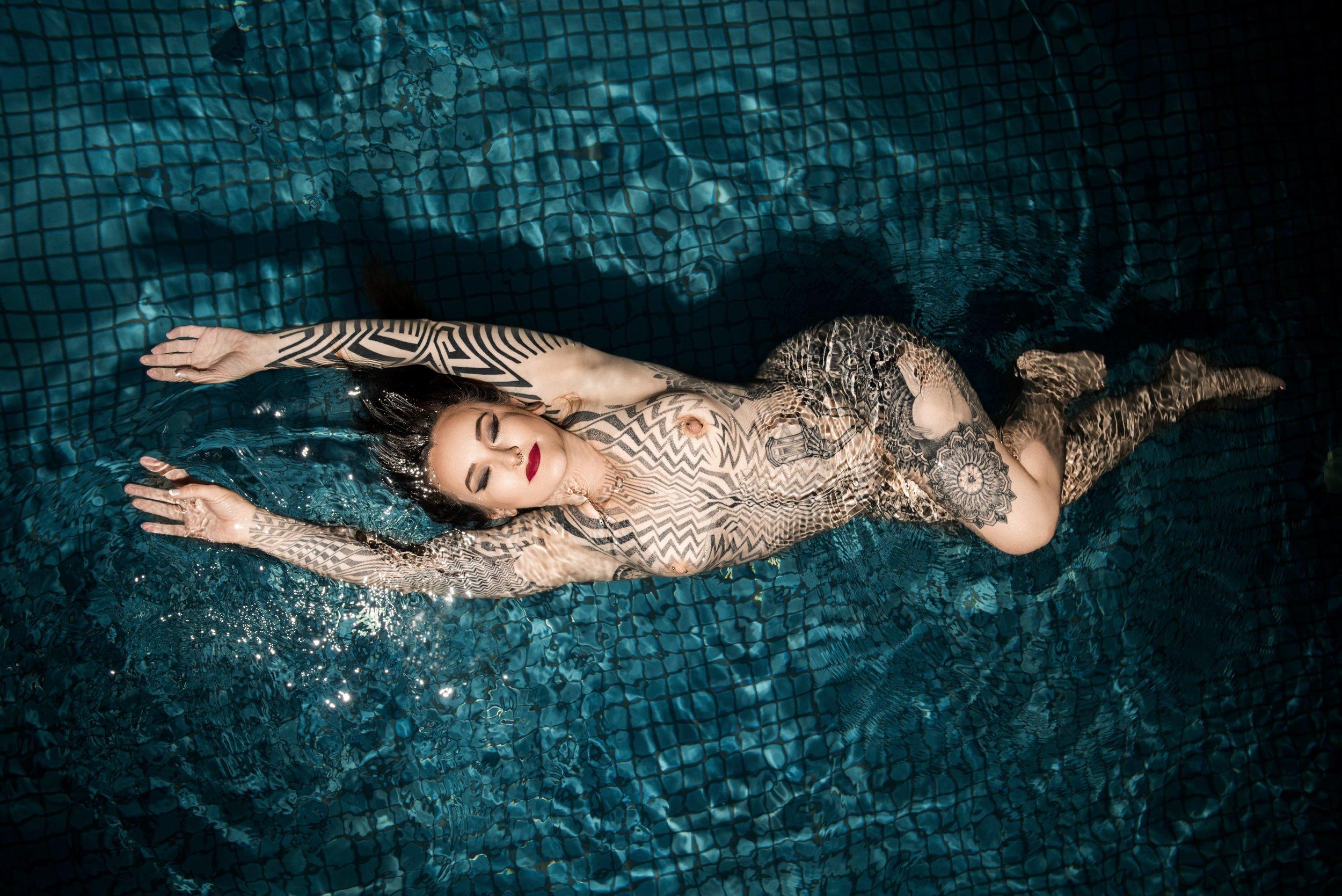 Tallula darling, exclusive arrangements, fly me to you, tattooed escort, alternative escort, suicide girl escort, luxury gfe