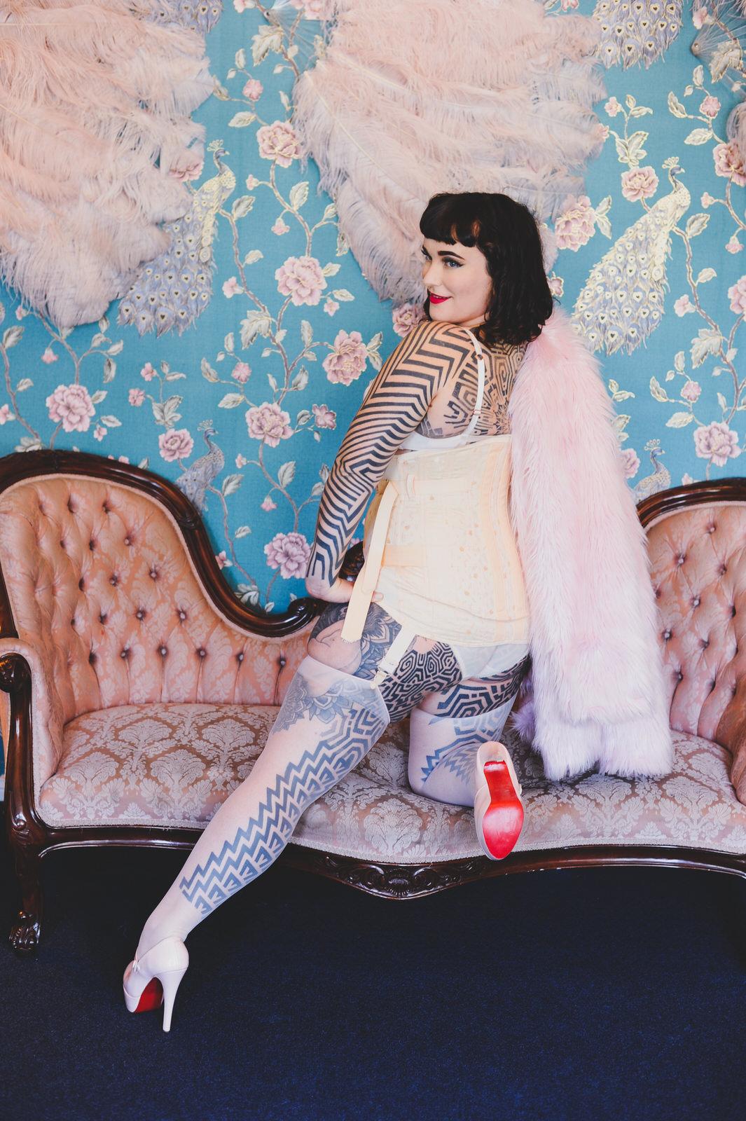 Tallula Darling tattooed escort sydney kinky gfe vintage glamour social date.jpg