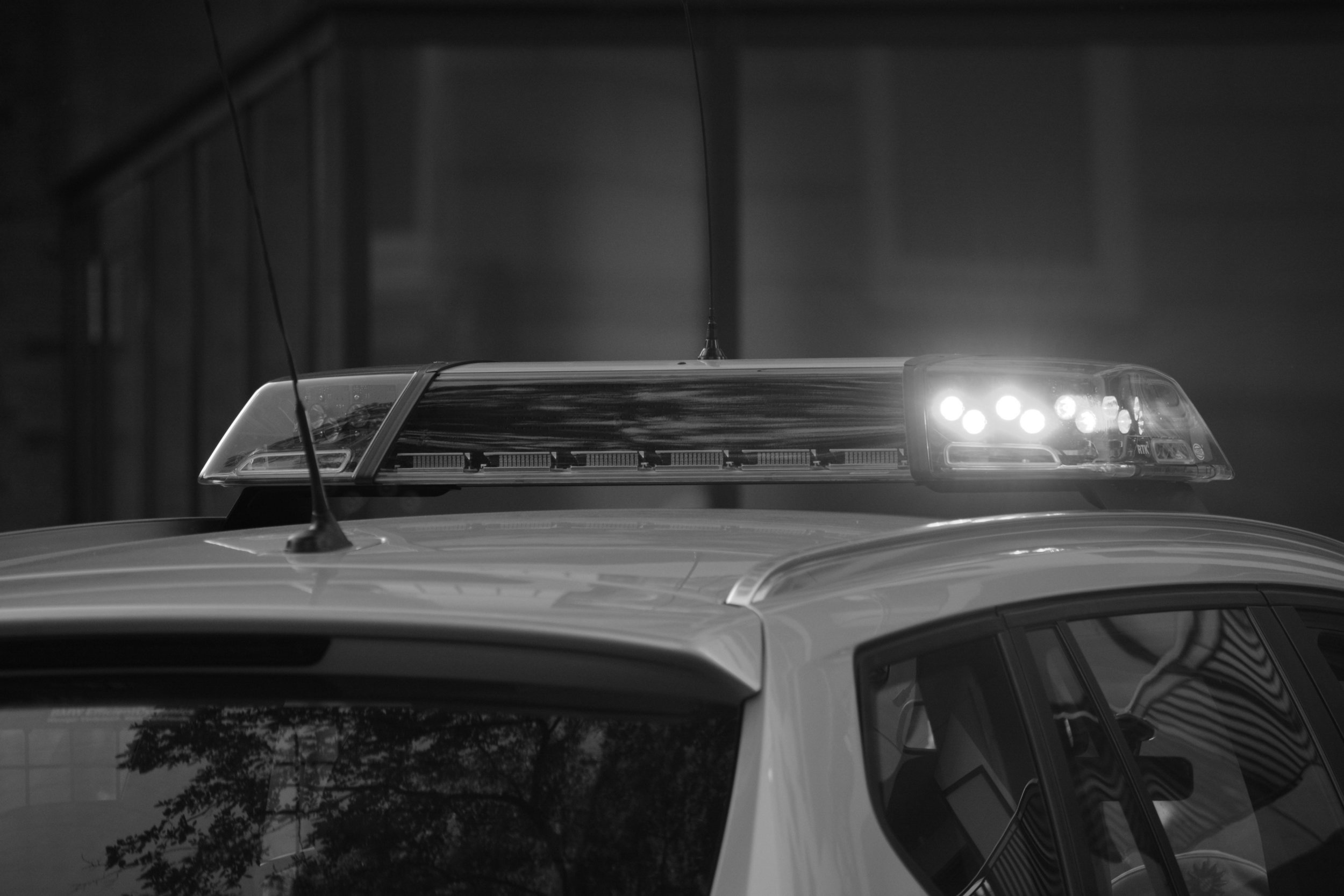auto-automobile-blur-532001-ConvertImage.jpg