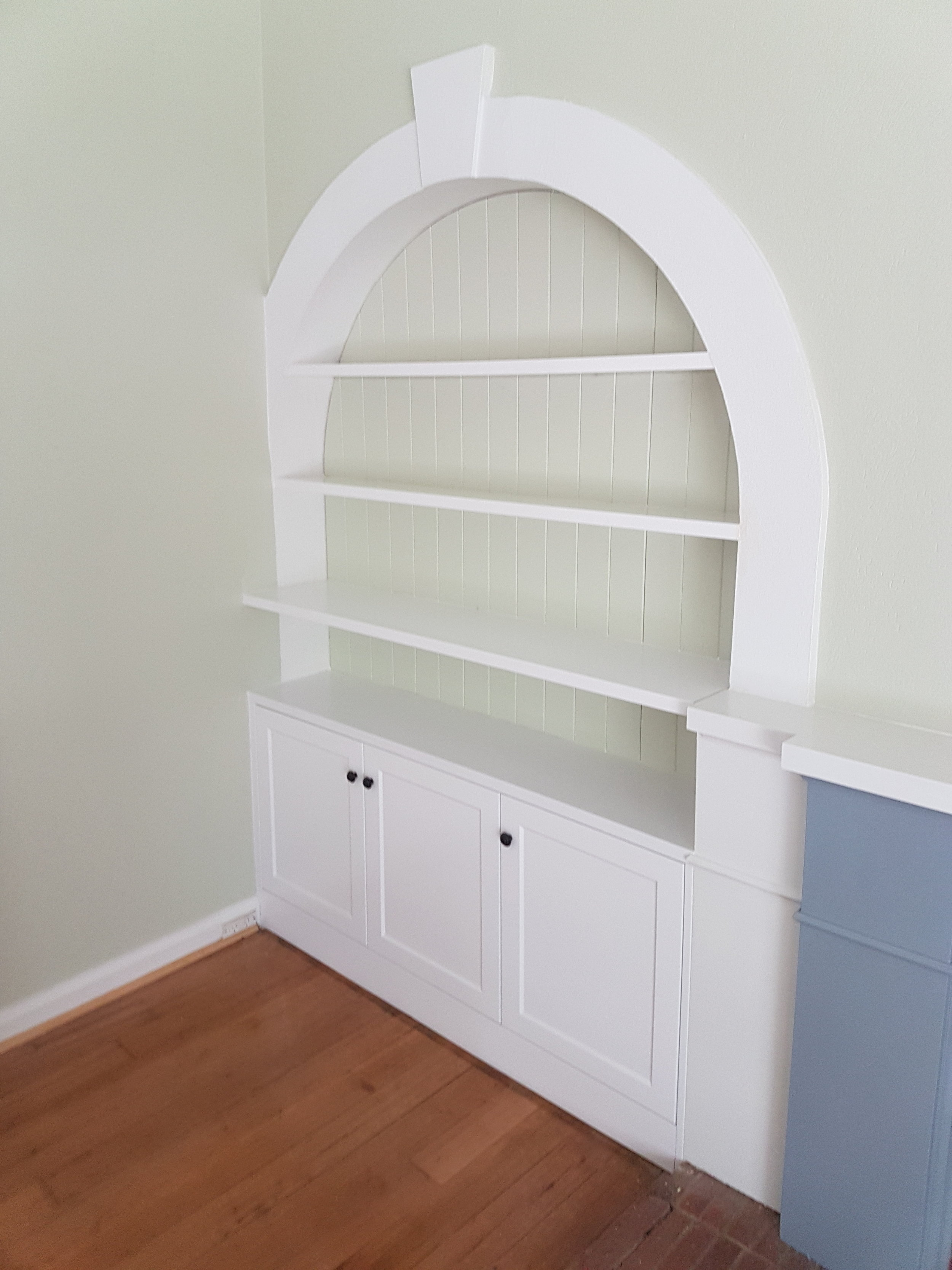 bookcase 3.jpg