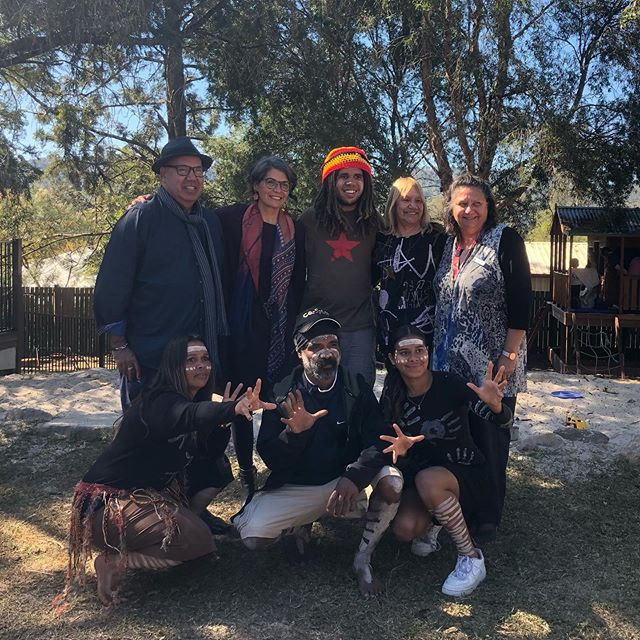 Was a deadly day at Barefoot Early Childhood doing education with the jarjum 🖤💛❤️ Yarning about the sustainable ways our Aboriginal men and women lived for thousands of years ✊🏾💪🏾 good luck with your nomination ⭐️ bulka budera nguru ✨come good spirit 🔥#narragunnawaliawards #narragunnawali #reconciliationaustralia #barefootearlychildhood @reconciliationaus