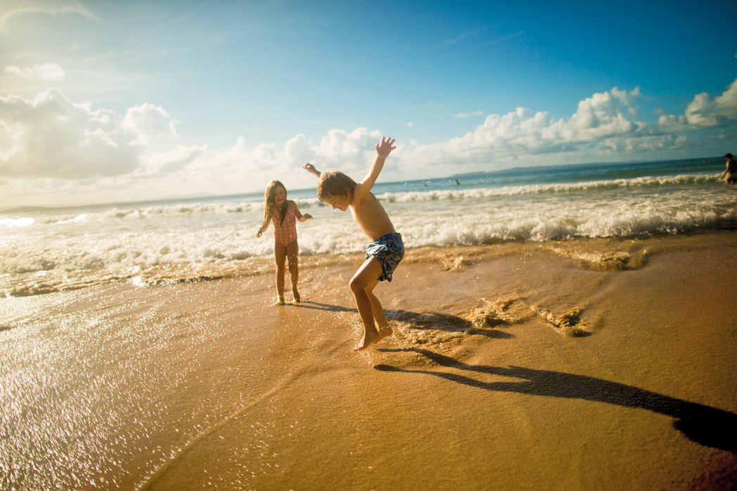 playing-on-the-beach-things-to-with-kids-on-the-sunshine-coast.jpg