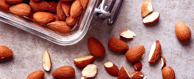 Spicy-Herb-Roasted-Almond-Image.jpg