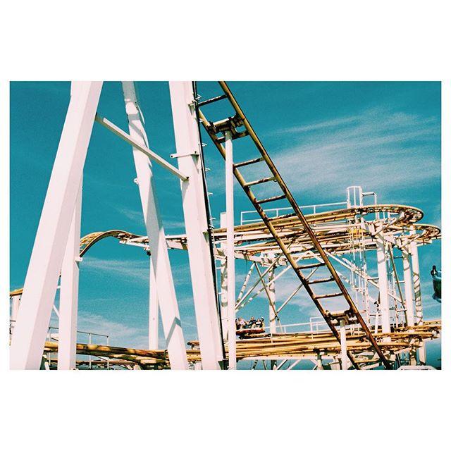 Rusty Rollercoaster 🎢