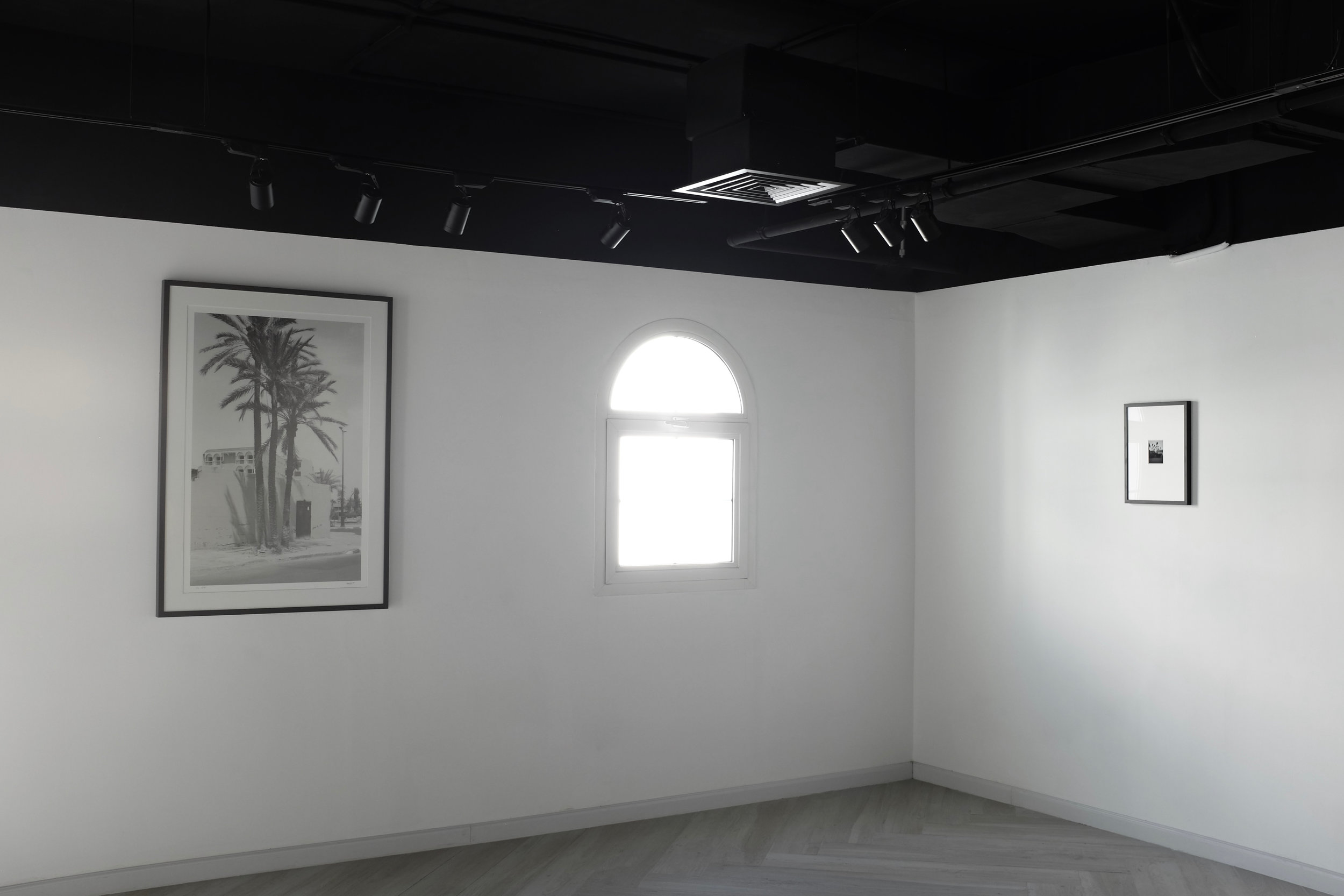 Cyrus Mahboubian Nomad solo show 2.jpg