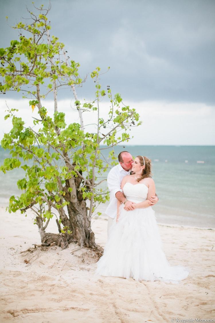 iberostar-montego-bay-jamaica-wedding-photographers-30-min.jpg
