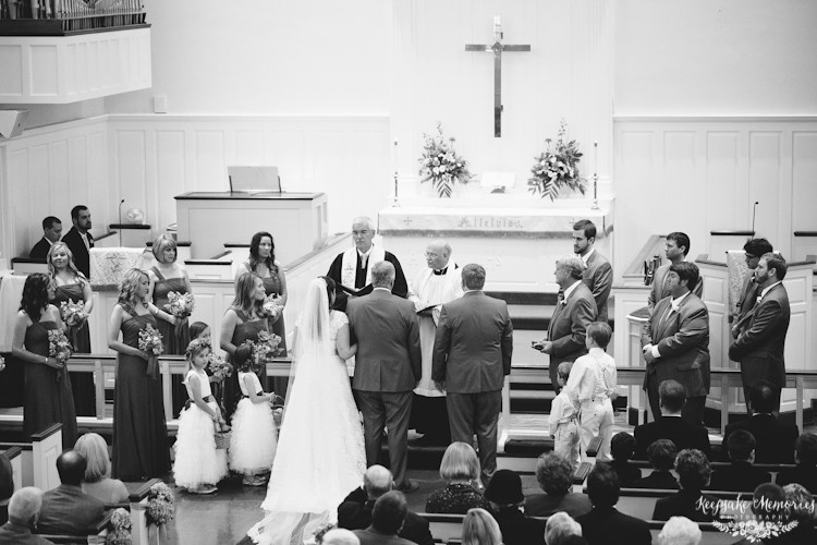 jacksonville-nc-country-club-wedding-photos-5.jpg