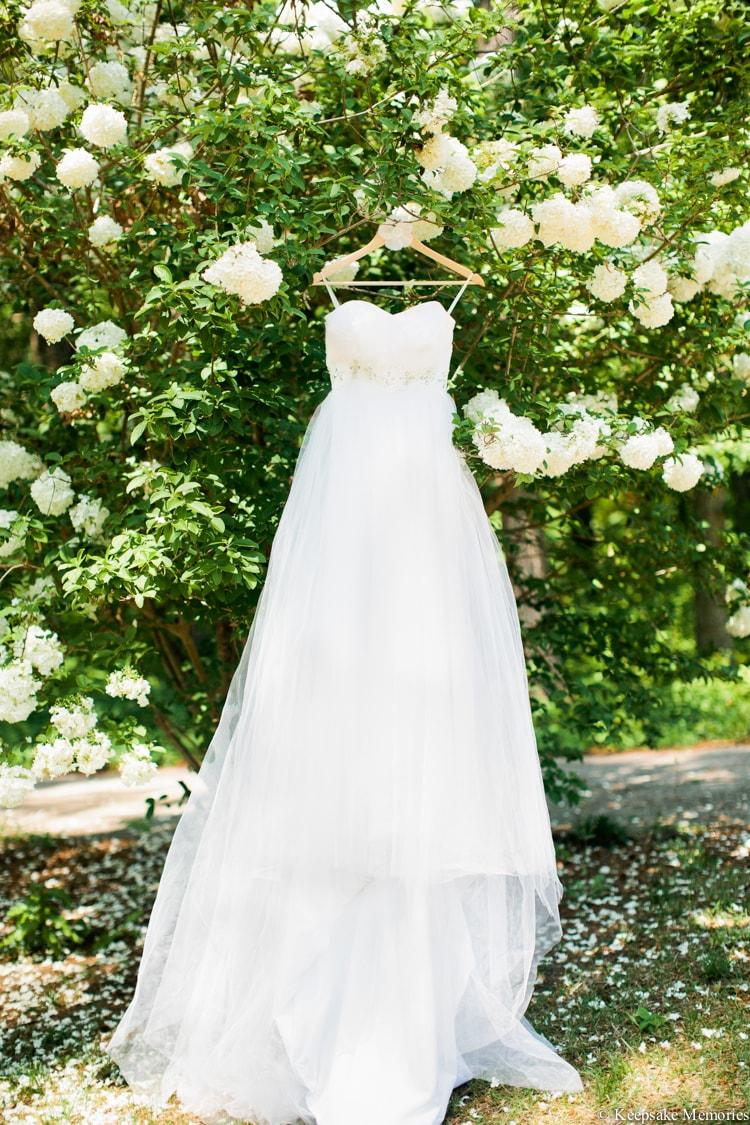 the-garden-at-millbrook-raleigh-wedding-photographers-2-min.jpg