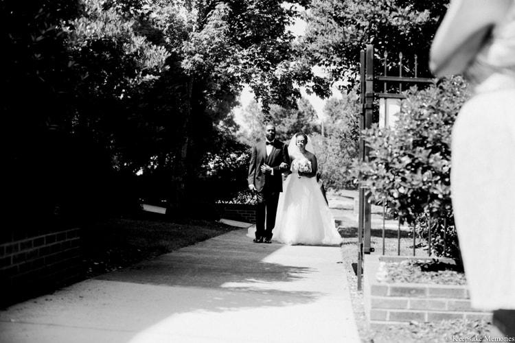 the-garden-at-millbrook-raleigh-wedding-photographers-5-min.jpg