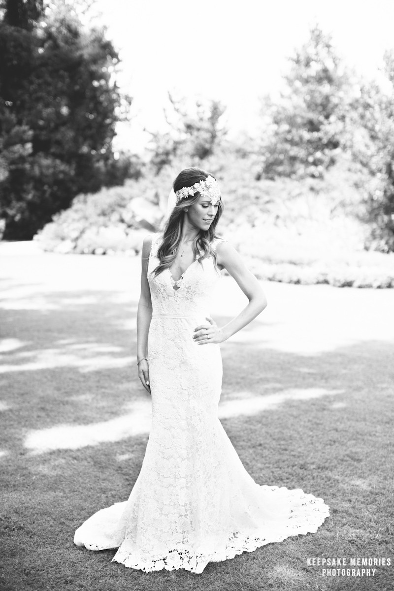 airlie-gardens-bridal-portraits-wilmington-nc-photographer-3.jpg