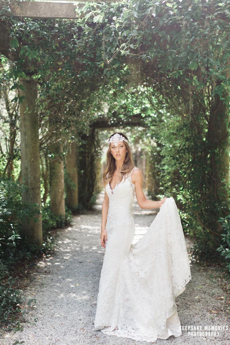 airlie-gardens-bridal-portraits-wilmington-nc-photographer-8.jpg