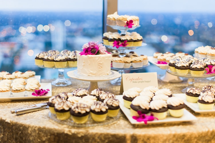 city-club-raleigh-north-carolina-wedding-photographers-17-min.jpg