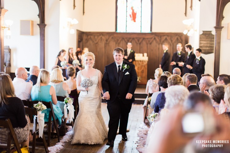 raleigh-north-carolina-wedding-photography-all-saints-chapel-14.jpg