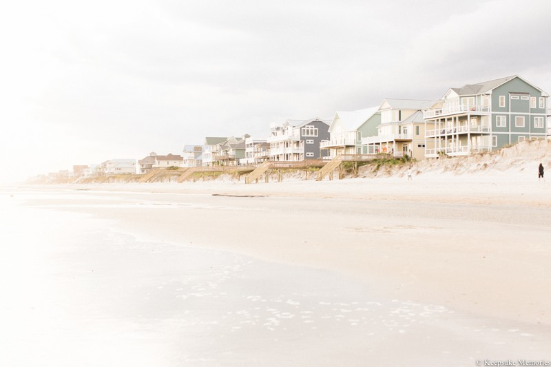 north-topsail-island-nc-engagement-photographers-2.jpg