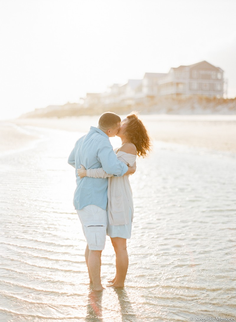 north-topsail-island-nc-engagement-photographers-3.jpg