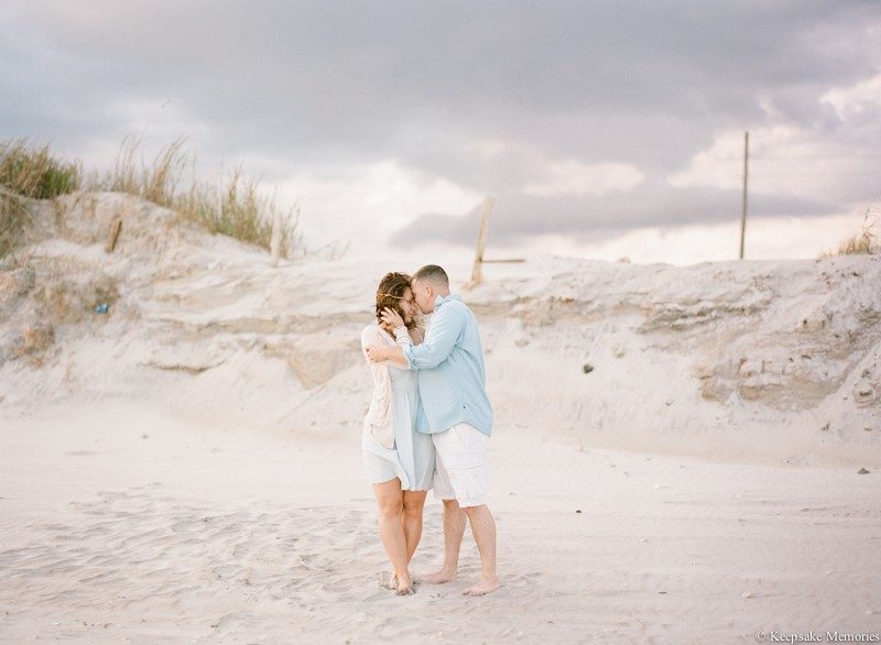 north-topsail-island-nc-engagement-photographers-6.jpg