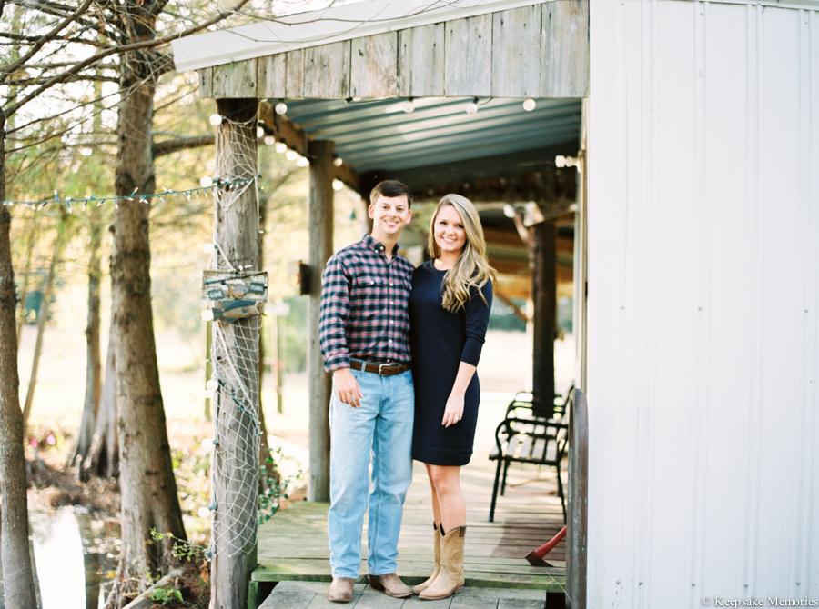 goldsboro-north-carolina-farm-engagement-photos-10.jpg