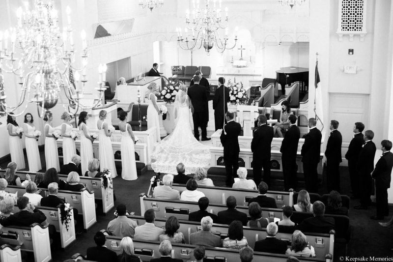 first-methodist-church-morehead-city-nc-wedding-16-min.jpg