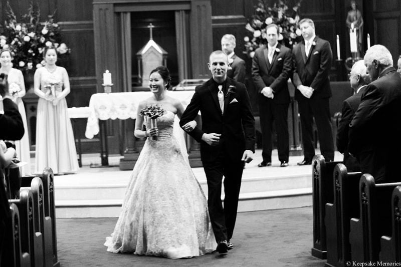 holy-spirit-catholic-church-atlanta-ga-wedding-photos-18-min.jpg