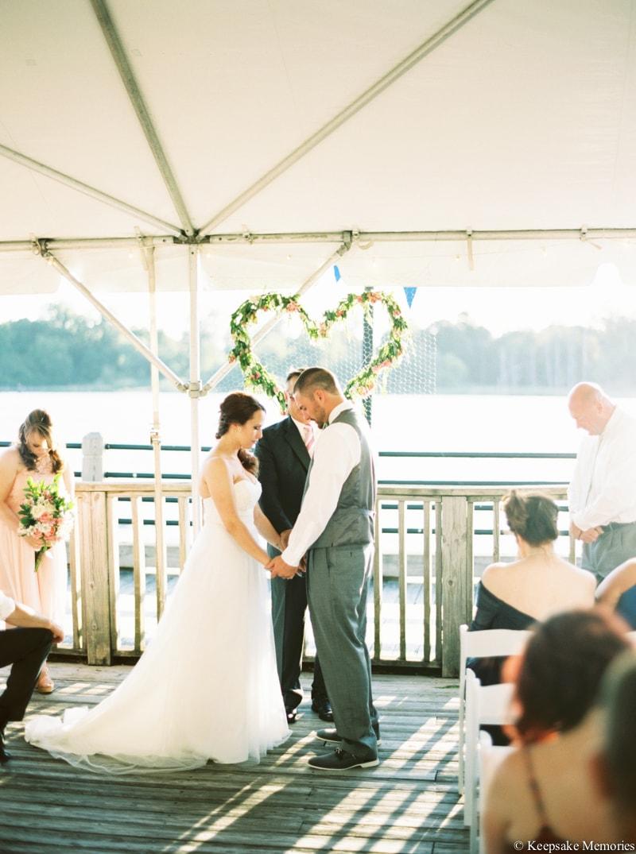 riverwalk-landing-wilmington-nc-wedding-photos-10-min.jpg